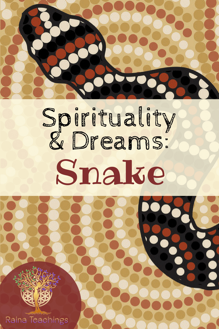 An article about the meaning of snakes in dreams and as a spiritual sign | rainateachings #snakedreams #spiritualsigns #spiritualdreams